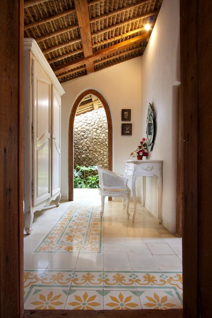 Villa-Wooden-Closet