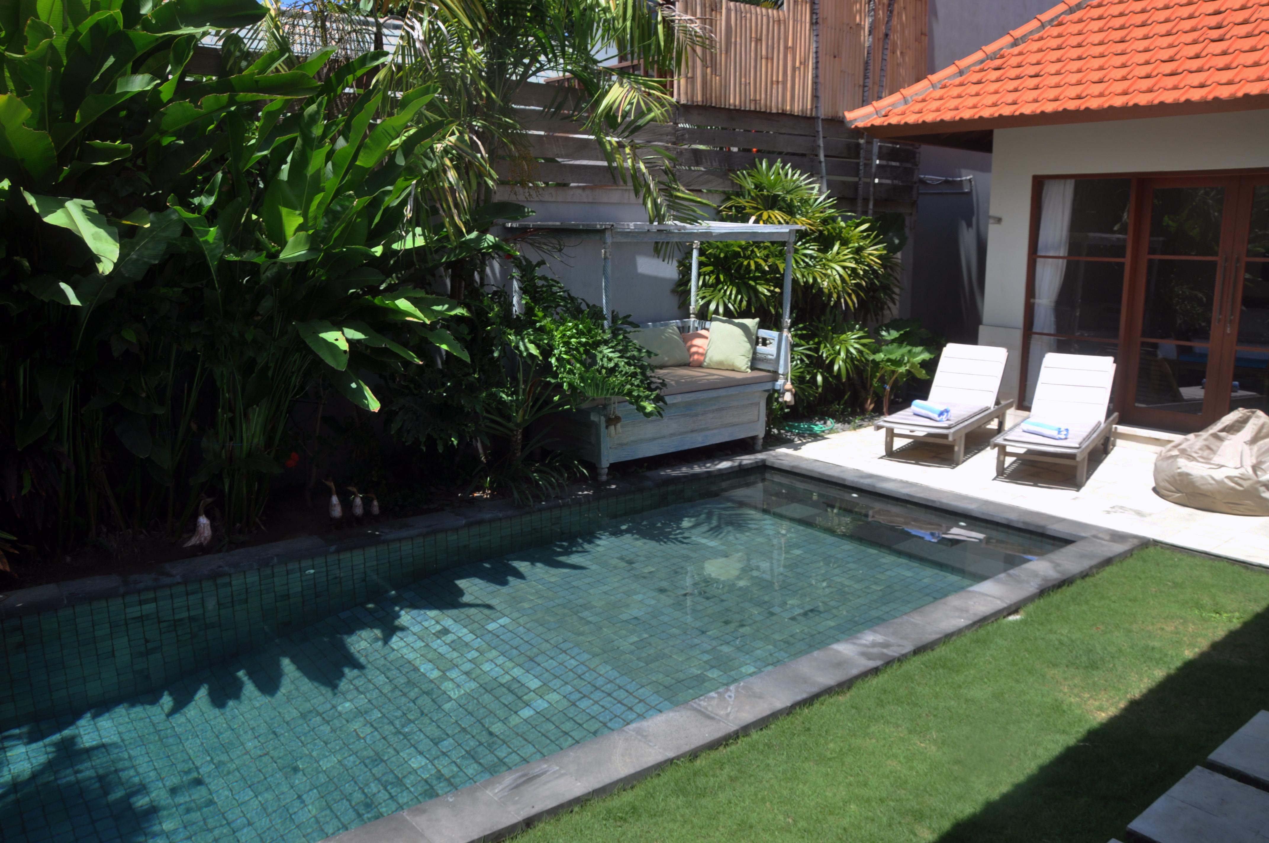 Pool area (5)