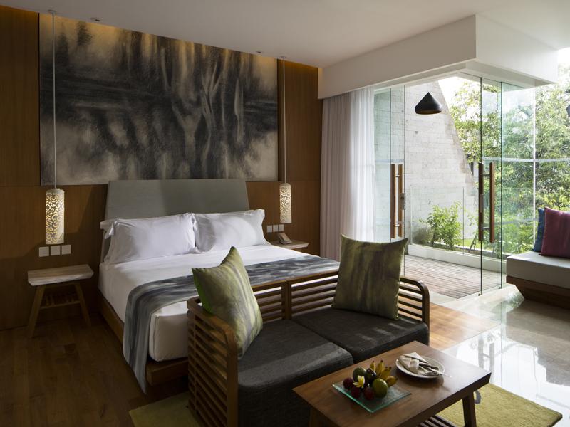 Deluxe-Garden-View-Room