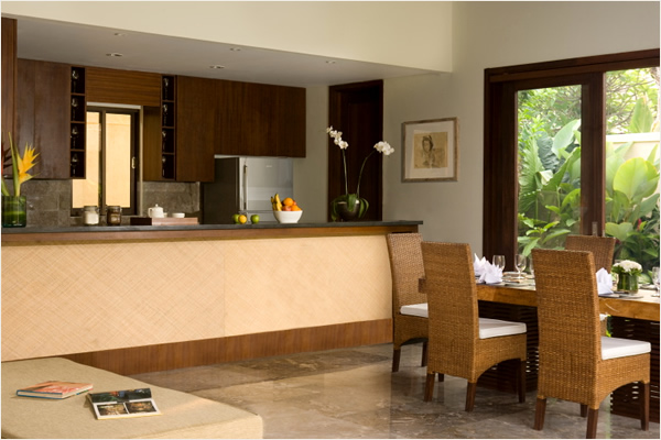mahagiri-dining-kitchen