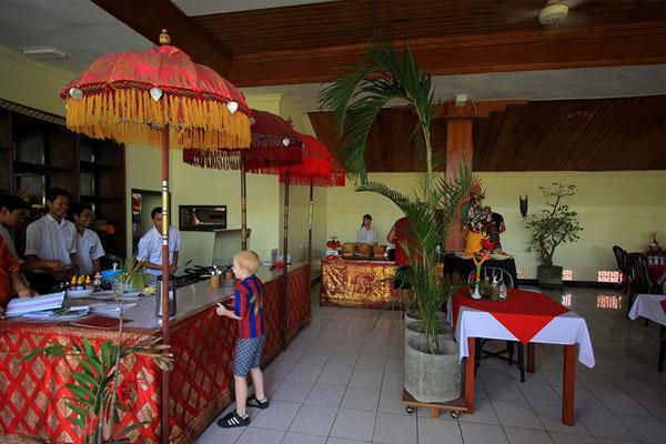 Swastika bungalows - I Love Bali (16)
