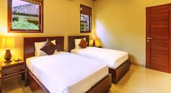 Yulia Beach Inn - I Love Bali (7)