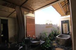 Villa-1-Bathroom1