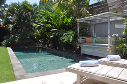 Pool area (6)