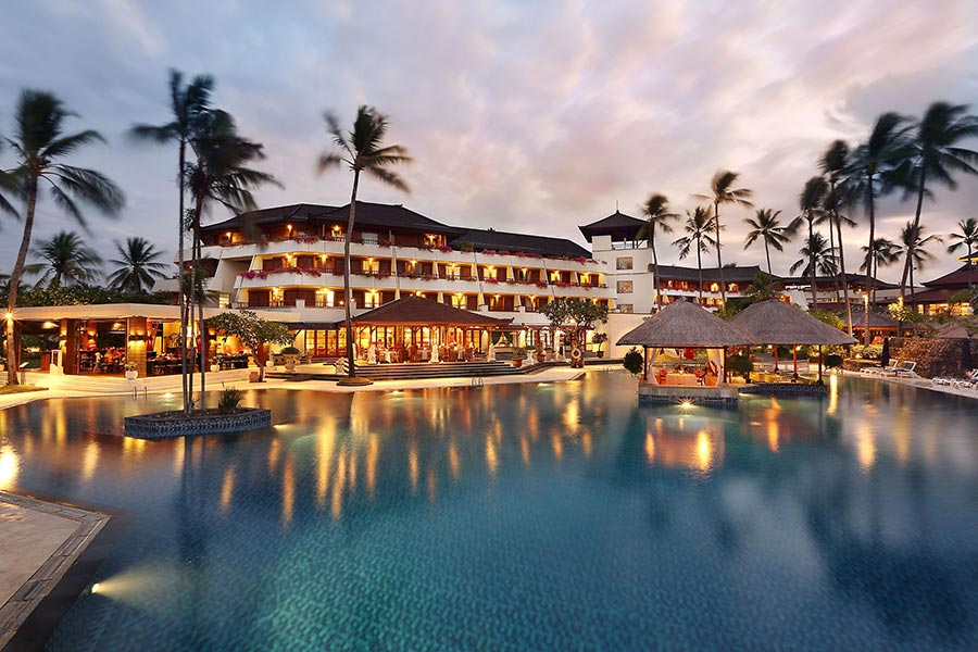 Main-Pool-Evening