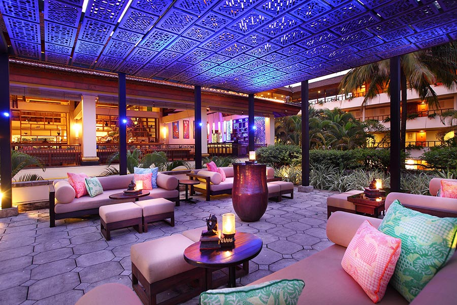 The-Lobby-Bar-Terrace