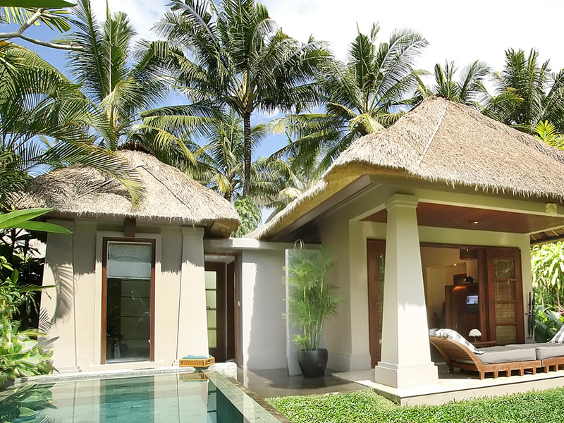 Deluxe-pool-villa-exterior-2