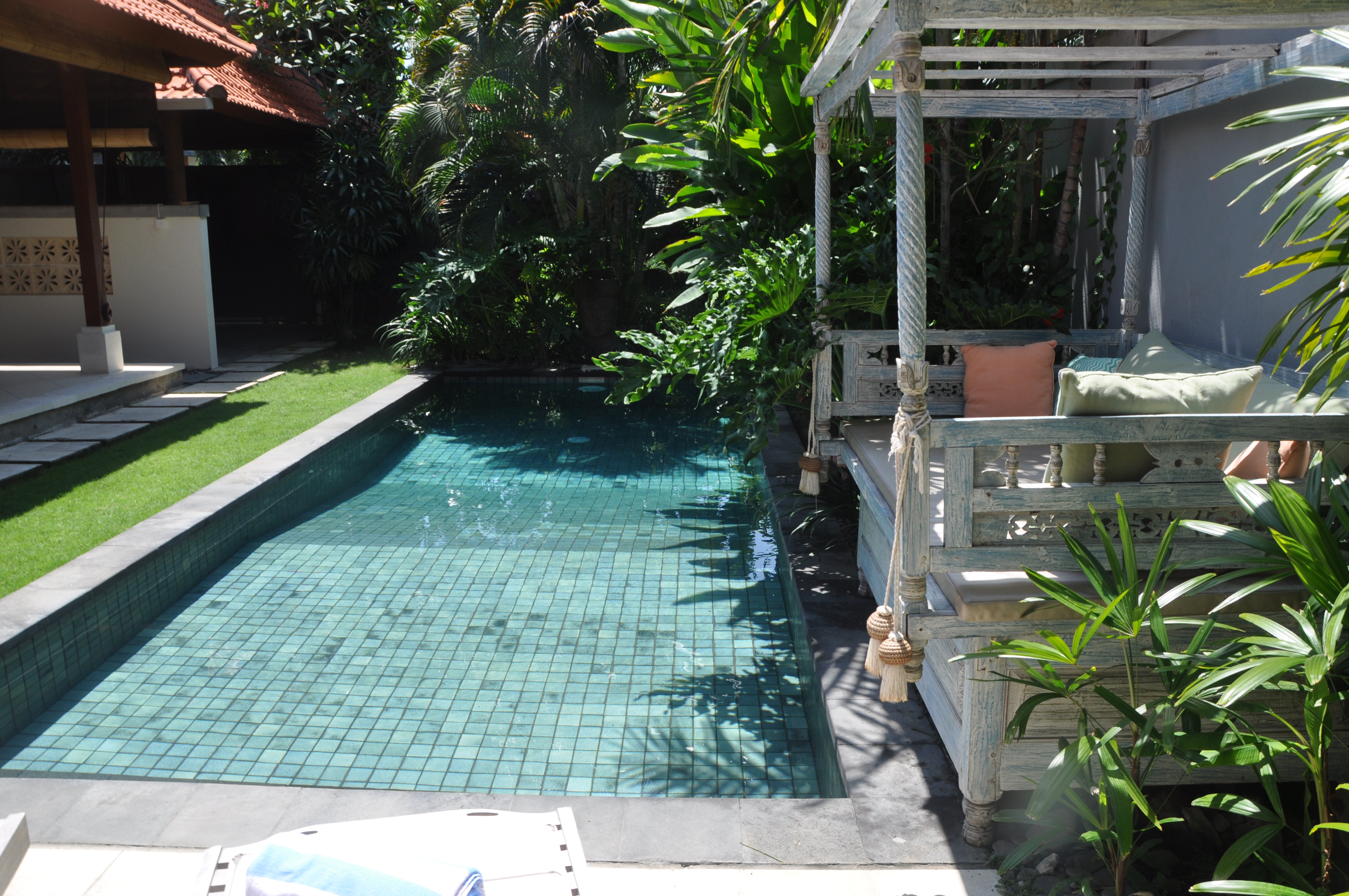 Pool area (9)