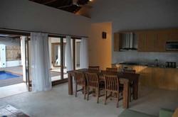 kelapa_luxury_villas_010706_241007
