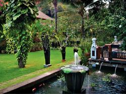 09-garden-pond