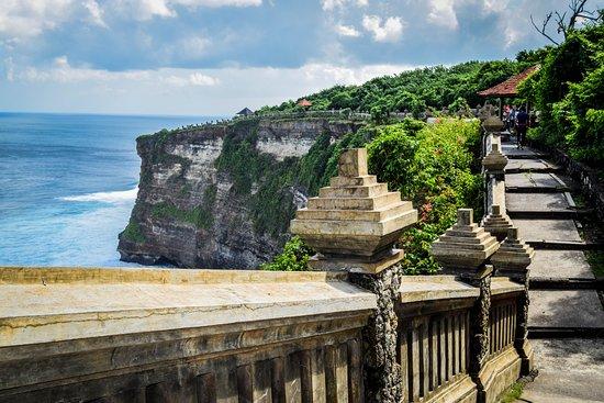 temple-d-uluwatu.jpg