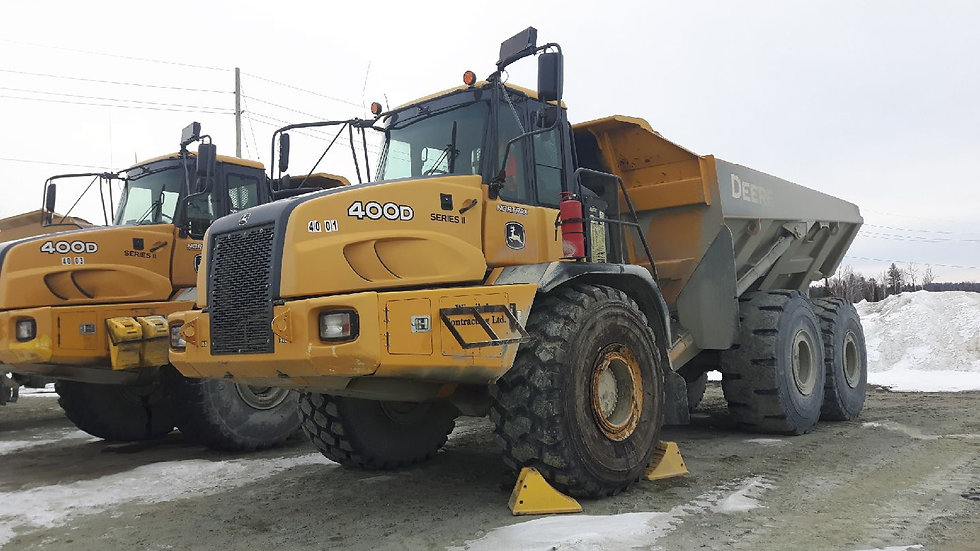 Off-road trucks | John Deere | 400D