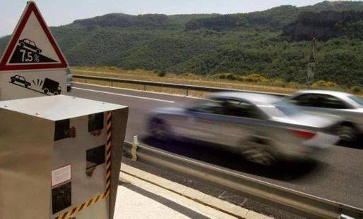 (30/01) Aude : un jeune conducteur surpris sur l' autoroute à 214 km/h sous stupéfiants