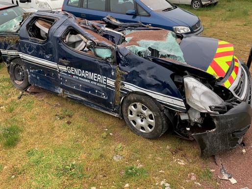 (05/05) Deux gendarmes blessés dans une course-poursuite... avec un tractopelle