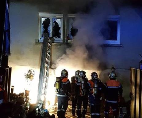 (12/02) un couple quillanais relogé à l' hôtel après l' incendie de leur maison.