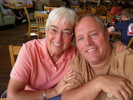 Nancy & Randy Schietzelt.jpg