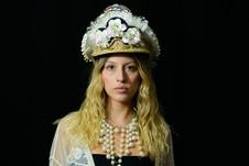 amanda de la rosa sombrero blanco 1.jpg