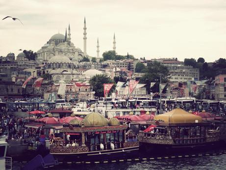 Istanbul, depuis la rive occidentale