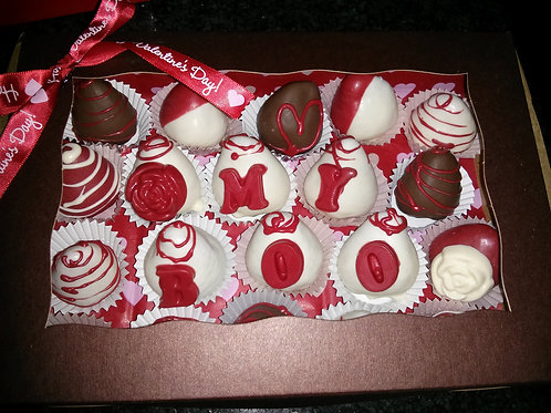 12 pcs Valentine themed berries