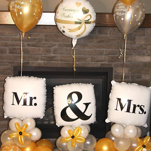 Mr & Mrs Anniversary balloon decor