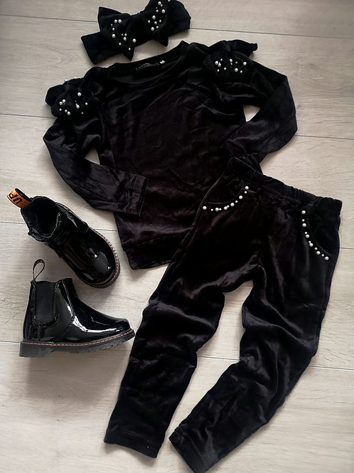 Black Velvet Lounge Set