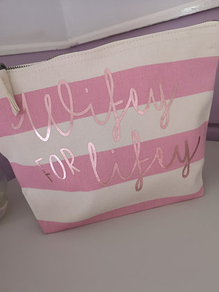 Ollie&Millie's Own - wifey for lifey Make Up Bag