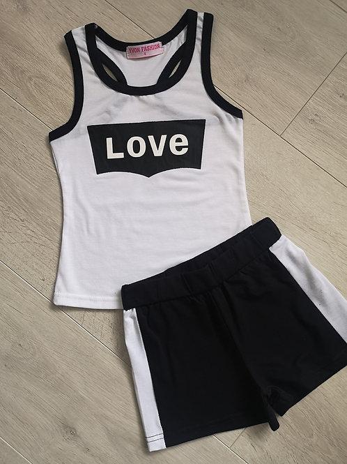Love black & white set