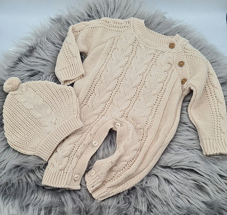 Beige cable knitted romper & hat