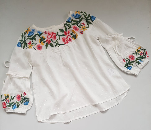 White Embroired Flower Top