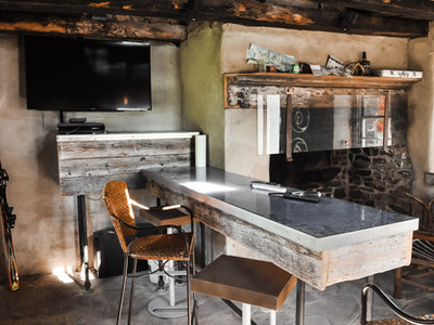 Inside the Smokehouse Saloon