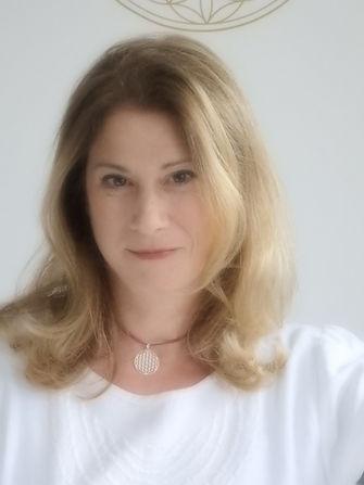 Stephanie Schweiger-Rintelen Wien, ELISA bewusst sein, Unterstützung bei Burnour, Depression, Beziehungsmustern, Berufswechsel, innerer Leere, Suche nach sich selbst