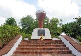 Monument_de_la_flamme_éternelle_à_l'esclave_inconnu