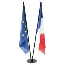 Drapeaux_français_et_européen_2