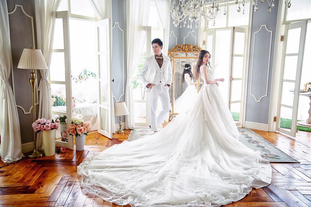 婚紗是一段記憶,也是每個女孩子的夢。童話中的公主就是穿著美麗的蓬蓬裙,永遠都是最美麗的一面。每個女孩子都有一個夢想,夢想自己永遠都是世界的焦點,有一個永遠愛護自己的男人   一件婚紗,充滿了對未來生活的向往。一張婚紗照,除了留住自己的美麗,還想證明自己選對了。在自己身旁的人,是值得信任和依靠的。   閨蜜婚紗推薦,新秘推薦,婚紗照推薦,孕婦照推薦,非常婚禮推薦,新娘物語推薦,Wedding Day推薦 不走傳統婚紗照風格 我們重視個人獨特性挖掘妳內心深處妳不知道的那個妳!寵愛新娘 立馬聯繫【 新秘花嫁Pony&Chloe 優雅不羈《精品》閨蜜婚紗/自主婚紗照/孕婦寫真  】 【Professional styling services】 林寶妮/ Chloe Make Up 【https://goo.gl/arJUxz】 🎁預約諮詢:https://goo.gl/mpUo8f 📳LINE 線上諮詢:@bus7910t 🎊Web【https://goo.gl/NnBc8Q】 ☎客服專線:0982-828-525/0916-080-564