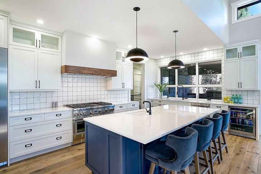 Kitchen Overview Photo By Matthew.jpg