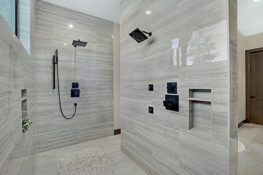 Luxe master shower.jpg