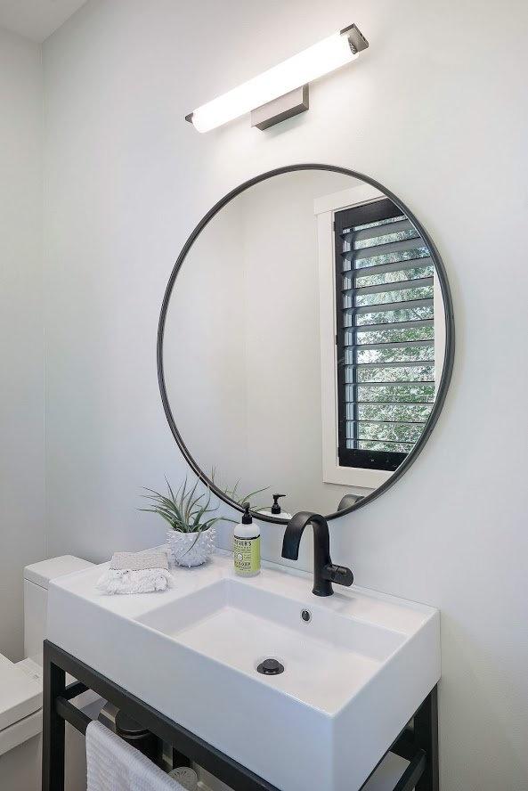 Powderroom vanity Photo By Matthew Witsc