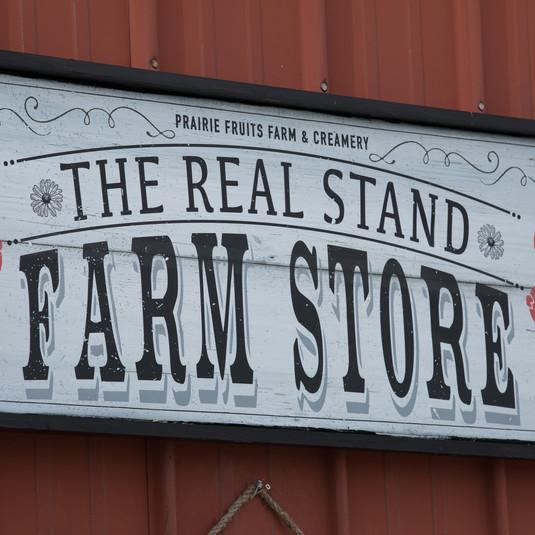 Prairie-fruits-farm-01_9093.jpg
