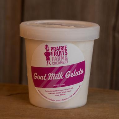 Prairie-fruits-farm-01_9366.jpg
