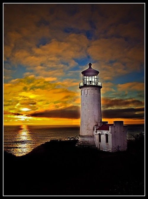 Gorgeous photo of the North Head Lighthouse in Washington State's Cape Disappointment State Park