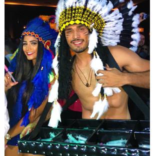 Indios e seja qual a sua fantasia,eles iram animar sua festa.