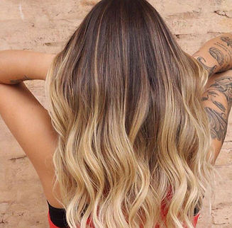 wella-blogarticle-difference-between-ombre-balayage-sombre-babylights-4d.jpg