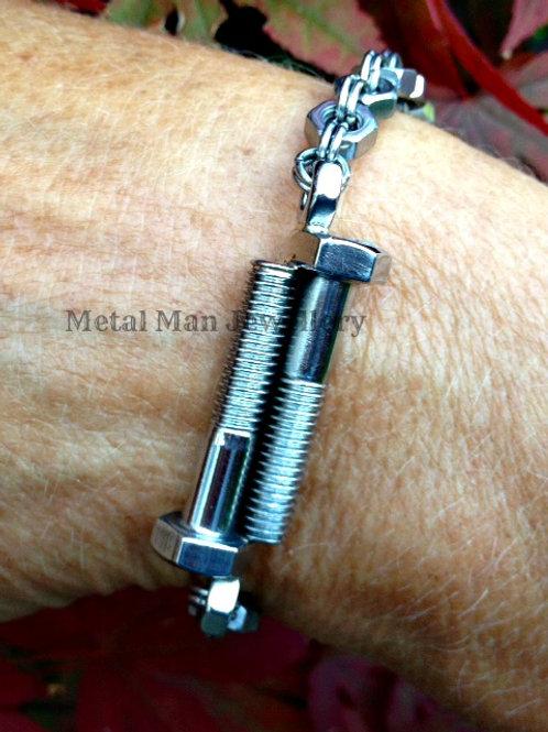 BO10 - Double bolt & M4 hex nut bracelet