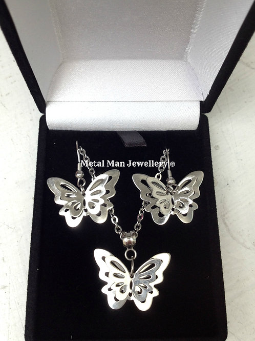 BUTS - Butterfly necklace & Earring set