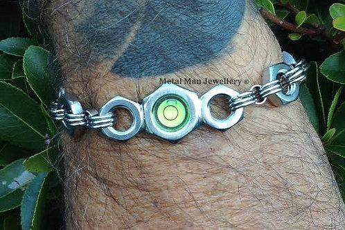 LR5 - Round level on M8 half nut bracelet