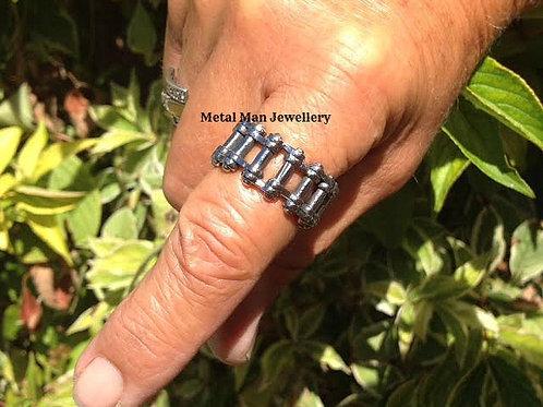RU13 - Unisex bike chain ring