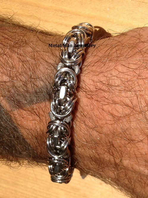 BY1 - M6 half Nut and Chain Maille Bracelet