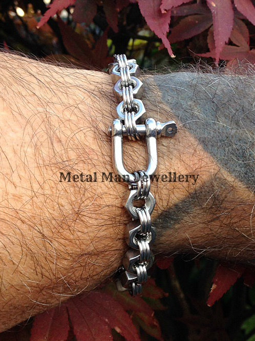 DA - Single D Shackle Hex Nut Bracelet