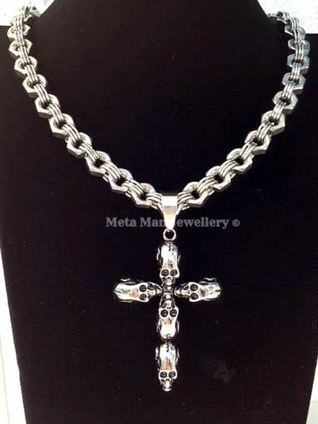 SCR - Multi skull cross on hex nut chain