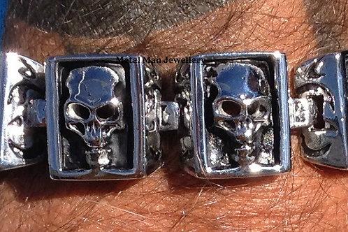 SQ - Skull bracelet